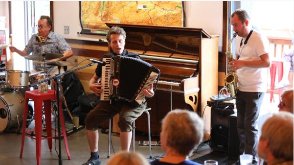 Jazz Meetup Featuring Bram Wijnands, Jurgen Welge & Hal Melia